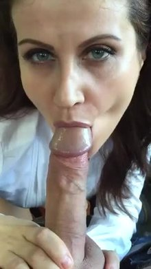 MILF blowjob and eye contact