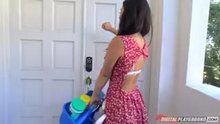 Eva Lovia is terrible at cleaning a house.