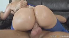 Hypnotizing ass pounding