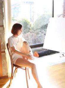 Girl's Day Yura - Thighs