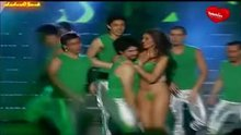 Sandra Bustamente topless on stage