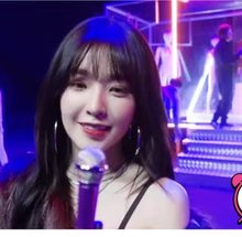 Red Velvet - Irene looking at you for 30 seconds