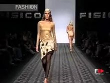 Some top-quality runway boobs