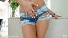 Viola Bailey getting frisky in her daisy dukes (Bonus inside)