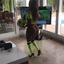 @mirthasosa ass implants model