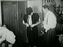 Two ladies offer to fuck an old man because they saw him masturbating (1910)