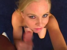 AMBER RAIN aims for her own slutty face