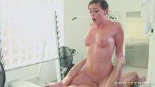 Rilynn Rae loves grinding a cock